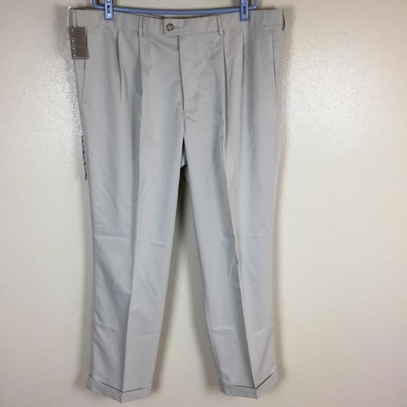 Dockers Men/'s Comfort Khaki Relaxed Fit Pants D4 NWT 1